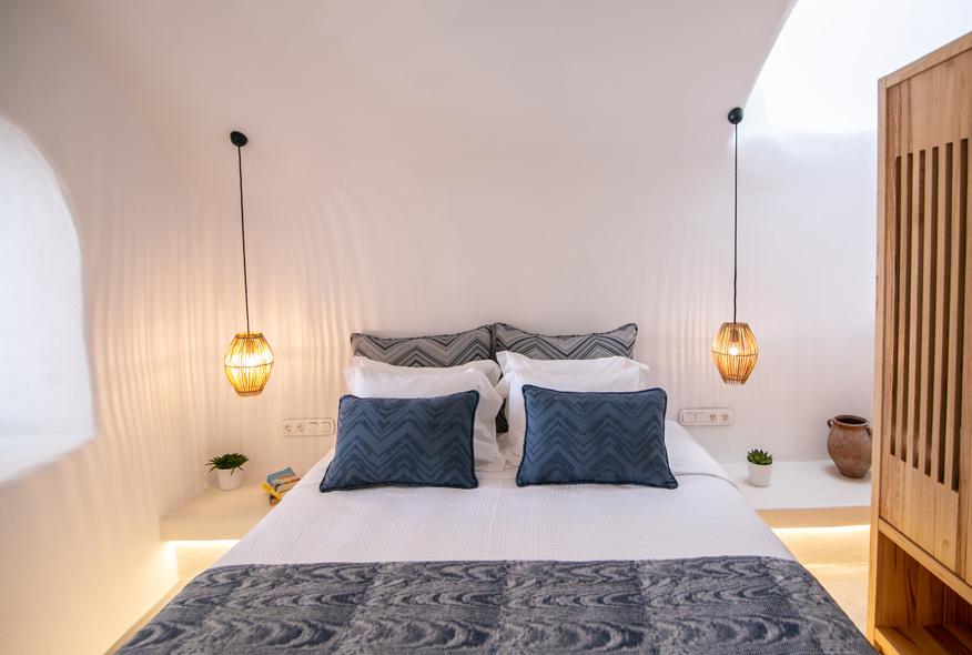 LKMK Architects-Demeter Cave House Santorini