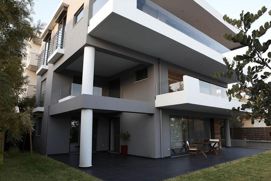 LKMK Architects-Κατοικία στη Βάρκιζα